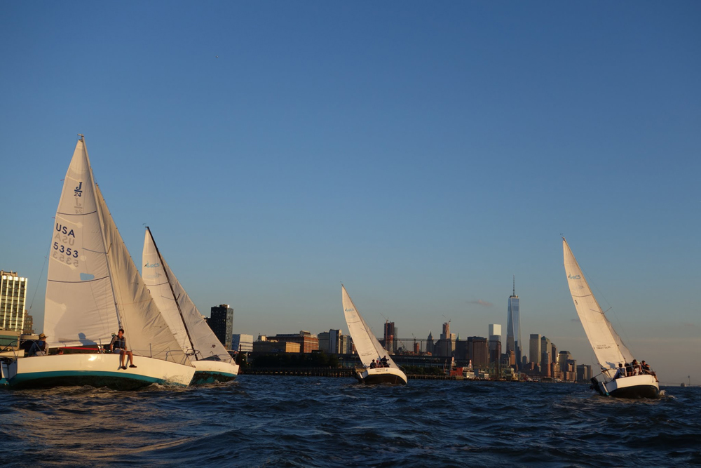 Hudson River Community Sailing, students, sailing in New York