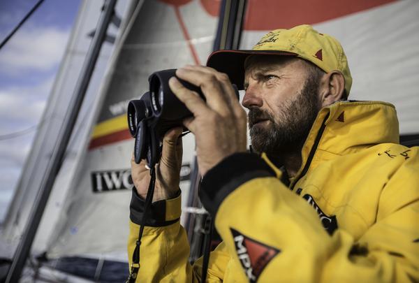 Eyes on the Seas - Ian Walker